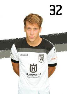 32 Jonas Kehl